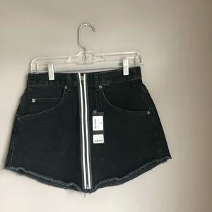 NWT Carmar Denim Beatrice Black Zip Up Jean Skirt